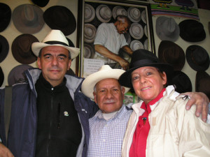 Nel negozio di Alberto Pullo a Cuenca (Ecuador)